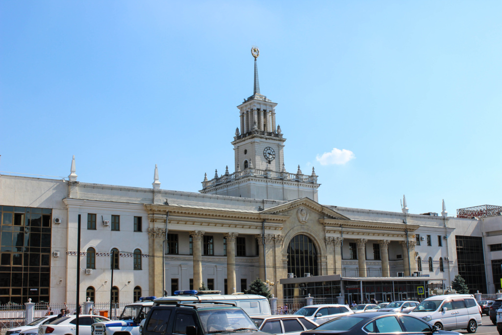 Здание в котором находятся кассы Кубань Экспресс-Пригород